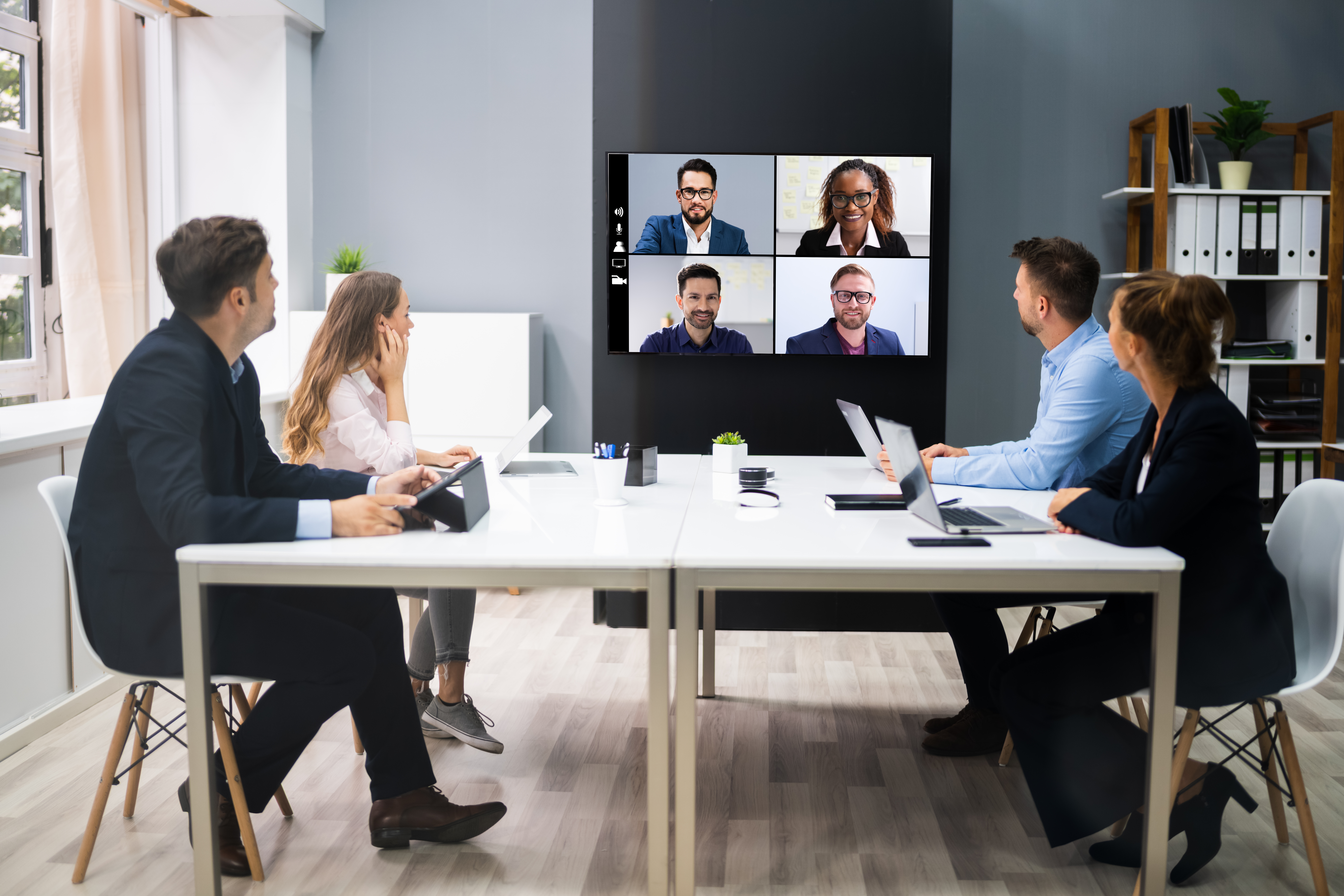 Bring Your Own Meeting with ScreenBeam Conference